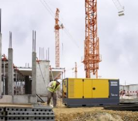 Curatarea murdariei de pe suprafetele din beton sau de pe camioane